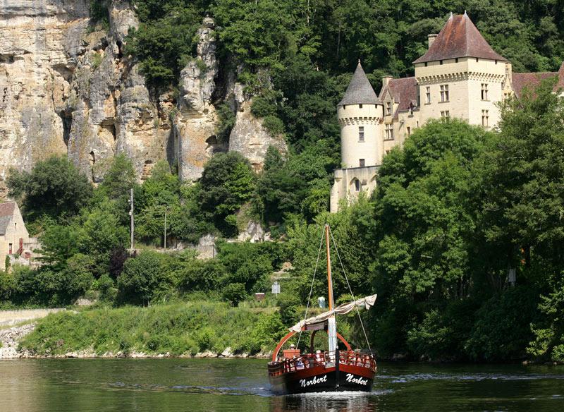 Vallée de la Dordogne en gabarre / La Roque-Gageac